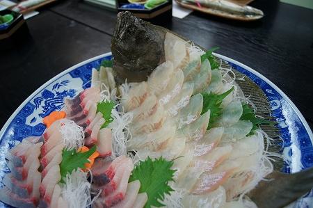 ヒラメ、篠島では普通です、リーズナブルです、驚きますよ。